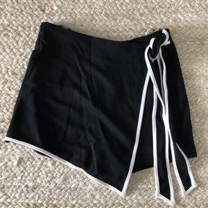 Black and white wrap skort